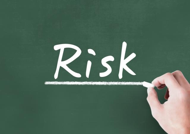 模造品は高額な損害賠償請求のリスクがある